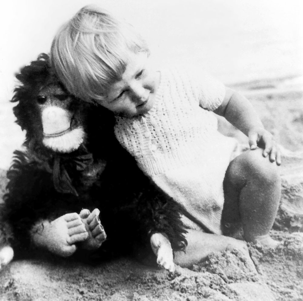 Baby Jane Goodall with her toy chimpanzee Jubilee.